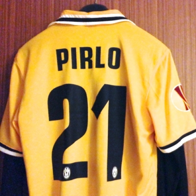 Andrea Pirlo Juventus away jersey 2013/14 sqr